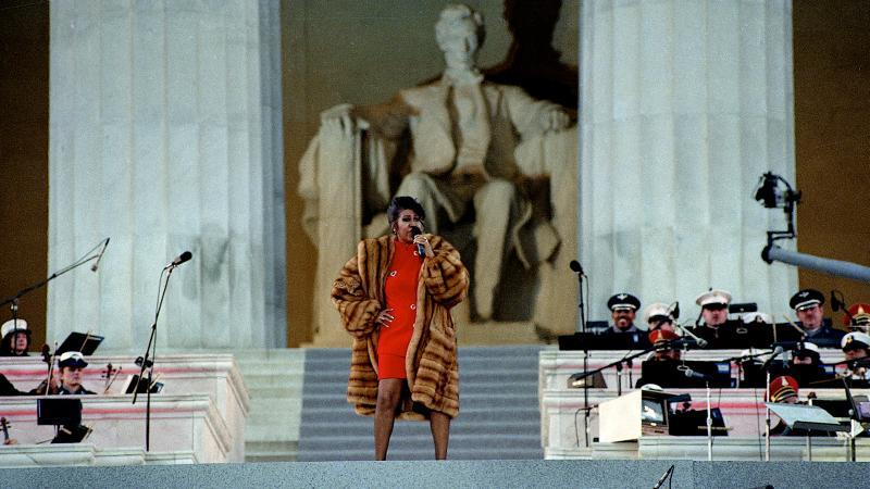 Image of Aretha Franklin performing at the Lincoln Memorial in 1993 at Bill Clinton's pre-inaugural concert.